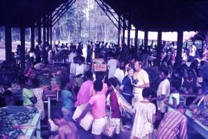 070 Goroka market on Saturday morning