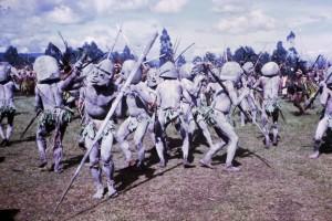 075 Mud men from Goroka at Goroka Show