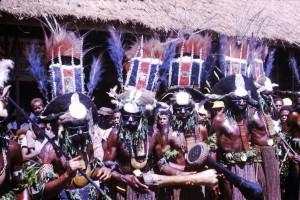 076 Men from Wabag at Goroka Show