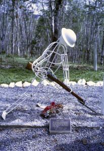 Sculpture at Sogeri near the entrance to the Kokoda Track
